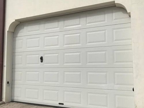 Residential Sectional Doors 03
