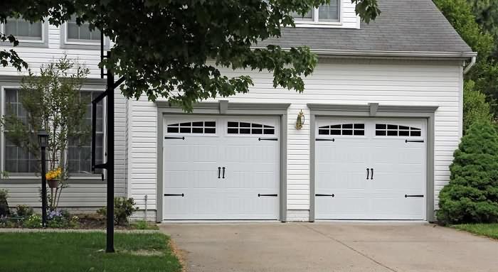 carriage-garage-doors-insulation-garage-doors